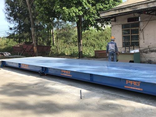 Cân xe tải 100 tấn lắp đặt tại cảng Lễ Môn